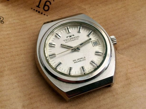 Винтажные швейцарские часы TECHNOS AUTOMATIC автоподзавод swiss