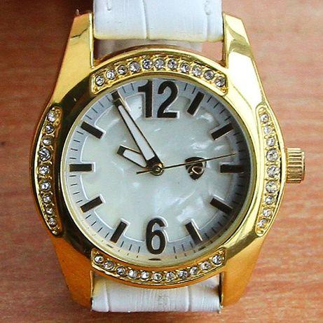 Годинник жіночий/Часы женские