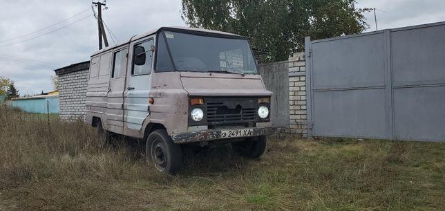 Польский Грузо-пассажирский автомобиль Жук
