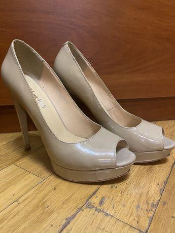 Женски туфли