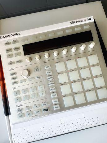 MASCHINE MK2 - białe - native instruments