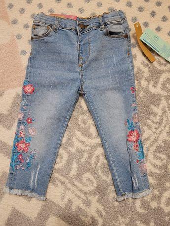 Nowe spodnie jeansowe 86
