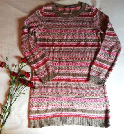 Miły dłuższy sweterek sweter w stylu vintage, w drobne wzorki. Rozm. M