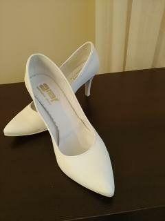 Buty, szpilki białe, ślub, wesele. Buty ślubne