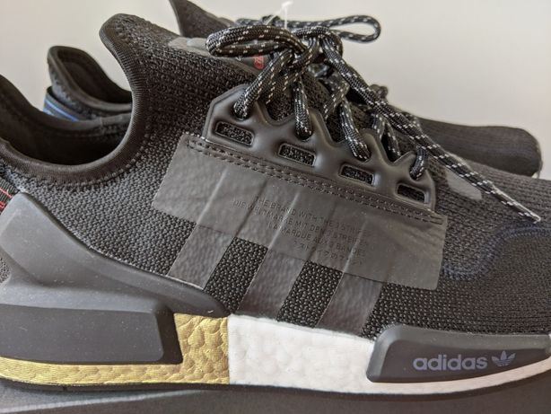 Кроссовки Adidas Originals NMD_R1 Core Black Gold Metallic FW5327