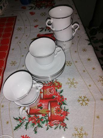 Conjunto de 6 chávenas e pires
