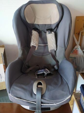 Cadeira Chicco com isofix