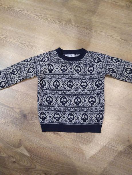 Модный свитер на 4-5 лет