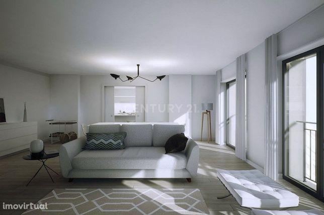 Apartamento T2 novo com GARAGEM e ARRECADAÇÃO em Atalaia, na Amadora.