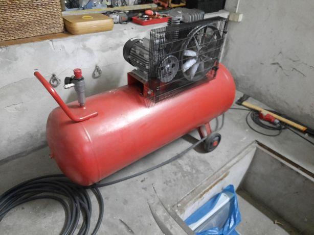 Kompressor 270 l GIS Mało używany