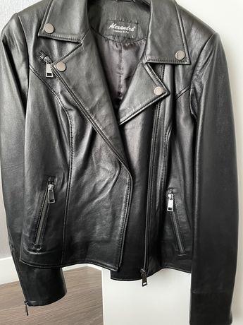 Срвременная кожаная куртка косуха , абсолютно новая
