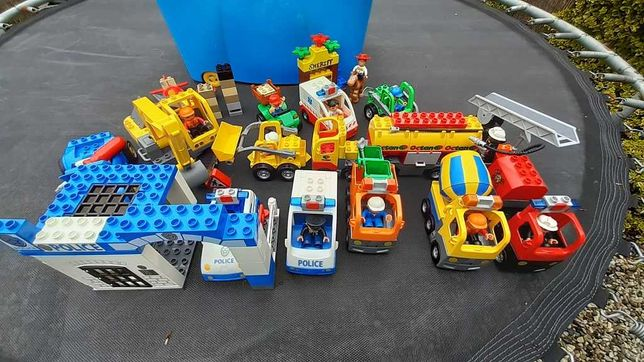 Mega zestaw Lego DUPLO - pojazdy, figurki, klocki