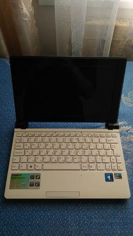 Ноутбук Gigabyte q2006