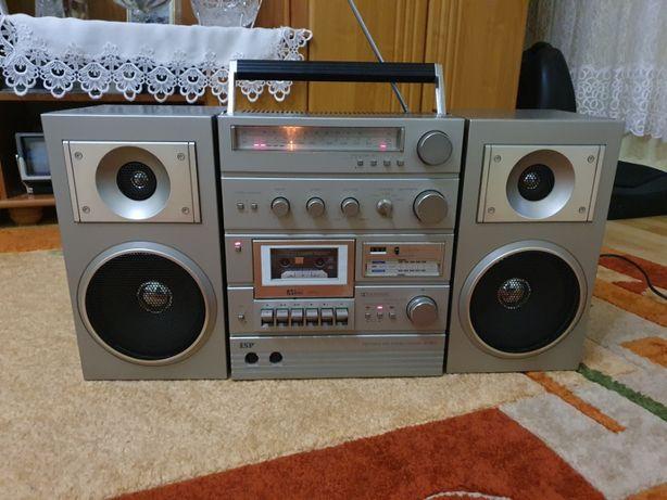 Radiomagnetofon ISP VSC-800 vintage