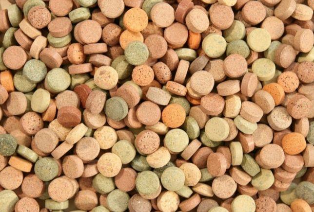 Mix tabletek przylepnych na szybę - 40 sztuk pokarm dla ryb akwariow.