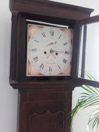 Father clock, único e feito tudo à mão