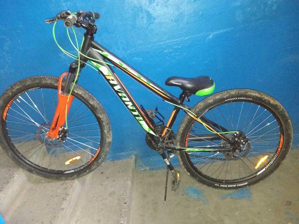 Велосипед AVANTI колесами 26х2,35