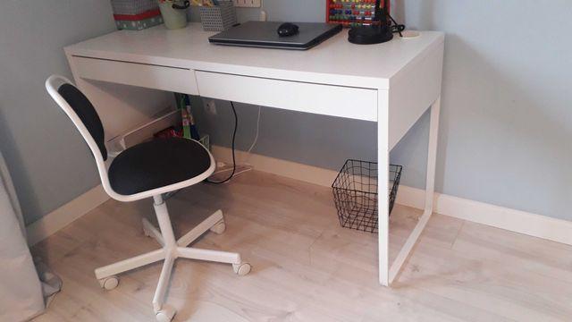Biurko ikea biale ikea oraz krzesło obrotowe