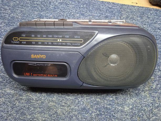Radiomagnetofon Sanyo