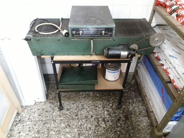 Máquina de Relevo quente