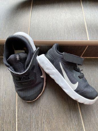 Продам кроссовки Nike, оригинальные Найк детские