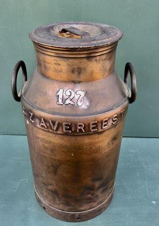 Leiteira antiga em cobre