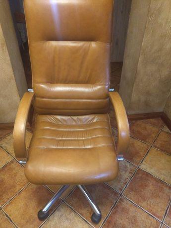 Fotel biurowy, skórzany
