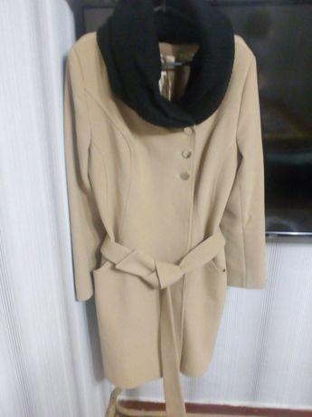 Женское пальто  1200 грн