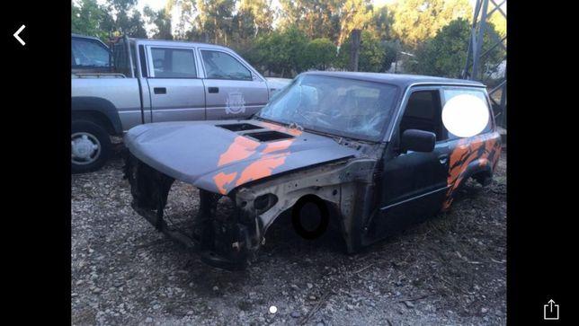 Nissan Patrol y61 para peças