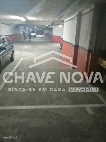 Lugar de garagem em Vila Nova de Gaia