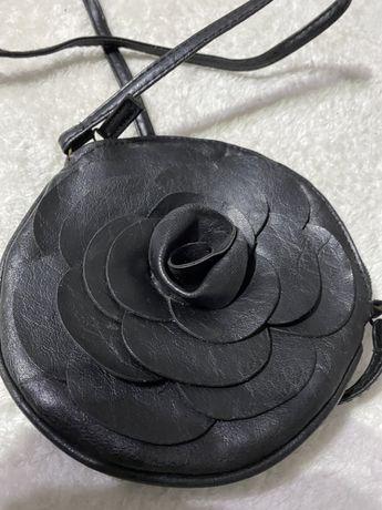 torebka czarna mała