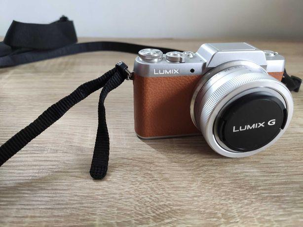 Aparat Panasonic Lumix DMC-gf7 retro