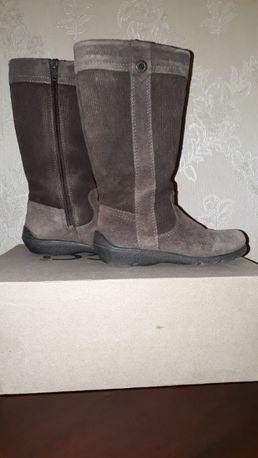 Продам сапоги Ecco для девочки. 27 размер ( 17 см по стельке)