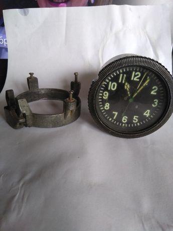 Часы мехаические авиационые.