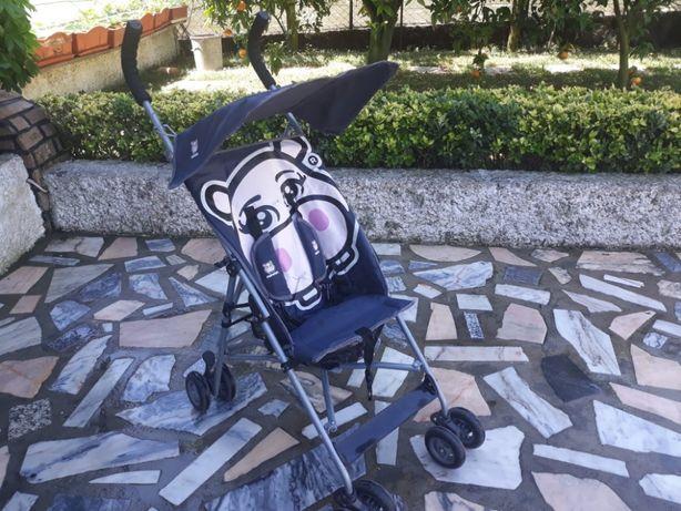 Carrinho de passeio para criança