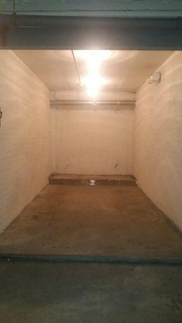 Сдам гараж в аренду.