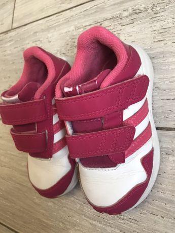 Кроссовки Adidas 23 р.