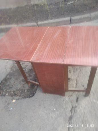 продам стол тумбу ,стіл.