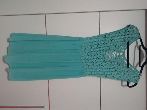 Letnia miętowa sukienka