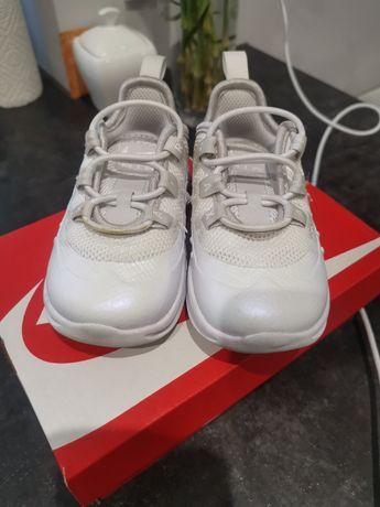 Adidasy Nike Air max rozm 21