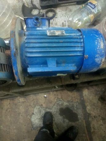 мотор 4кв 2840об. мін