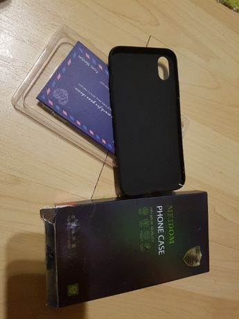 Etui do iPhone Xr czarny matowe nowe