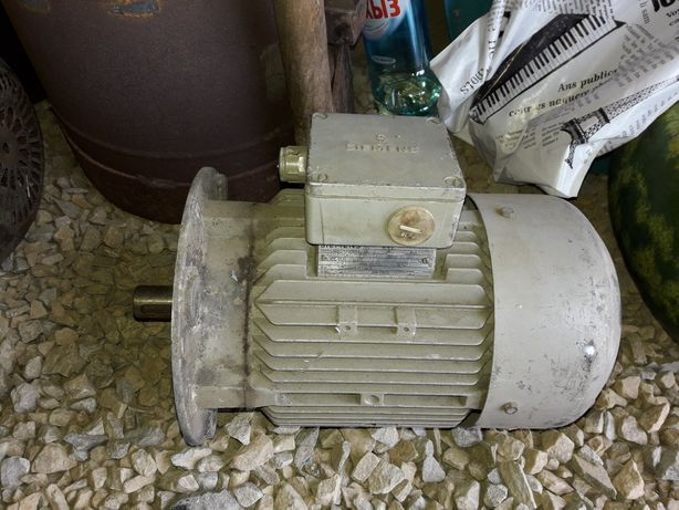 Электродвигатель с подьемника