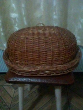 Продам хлебницу натуральную