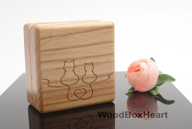 Деревянная свадебная шкатулка для обручальных колец