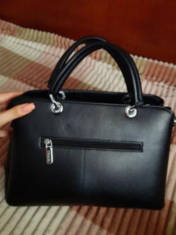 Женская стильная ,вместительная сумка