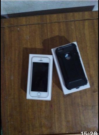 Продам айфон 5 s