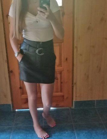 Spodniczka i bluzka
