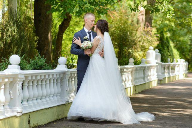 Продам весільну сукню Pollardi.