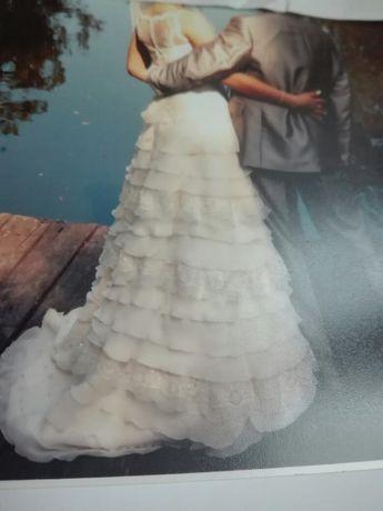 Suknia ślubna haft na tiulu